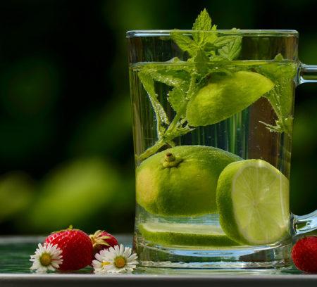 water-drink-detox-detox-water-122444a